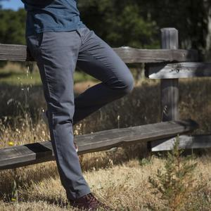 #131 Charcoal Superlight Chino