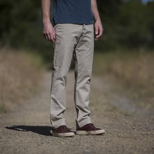 #133 Khaki Superlight Chino