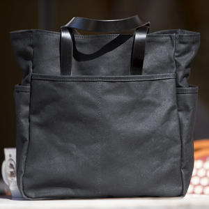 The Classic Tote - Waxed Black