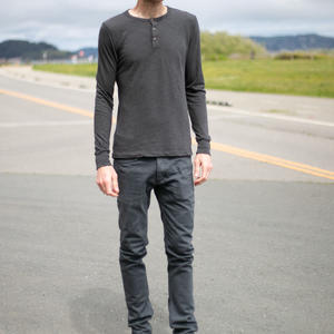 Twisted Yarn Henley - Charcoal
